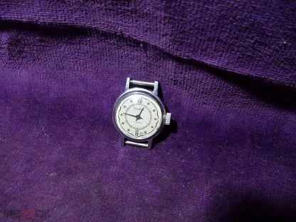 Женские стоимость часы слава ссср камней 17 автомобильные продам часы