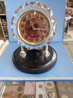 Настольные стоимость часов маяк проверки продам часов прибор хода