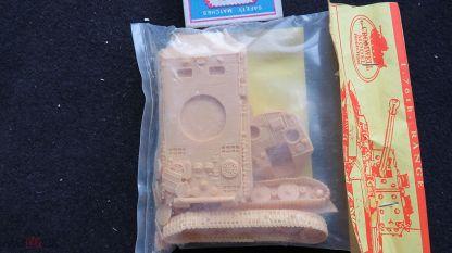 Flakpanzer mit 3.7 cm Flakzwilling 44 Cromwell Models Смола 1/76. Мешок - интернет-аукцион